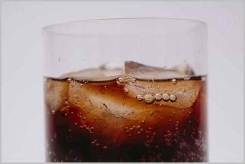 コーラが体に悪いのはカラメル色素の発がん物質