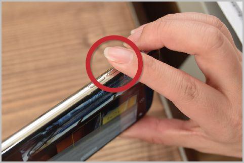 iPhoneのカメラはサイドボタンでもシャッター