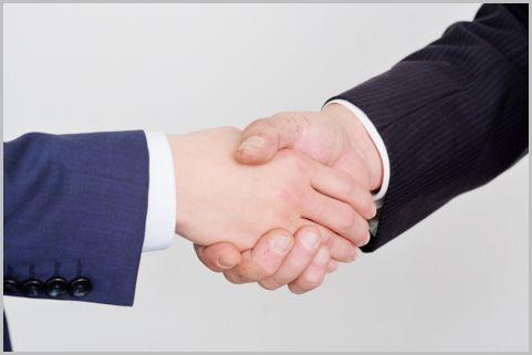 事業承継で株式譲渡は評価額が変わるので要注意