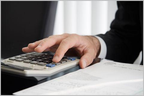 生命保険の受け取りは相続税額や手続きまで確認