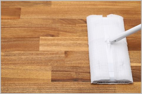 住宅のメンテンナスで床はどんな手入れが必要?